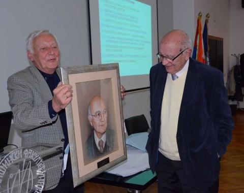 Dodela poklona Društva termičara Srbije prof. dr Simeonu Oka